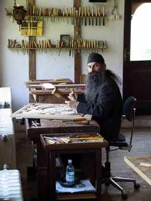 Fr. Avakum the woodcarver