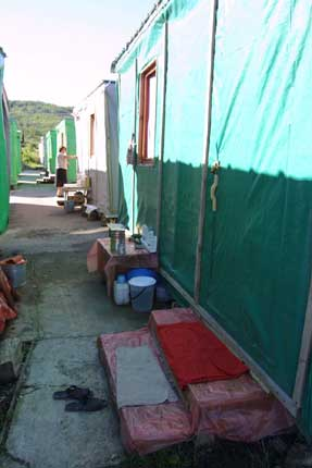 Many returnees still live in containers