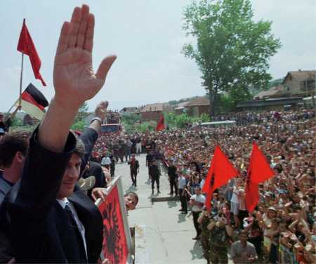 Hashim Thaci in Orahovac, Sep 99